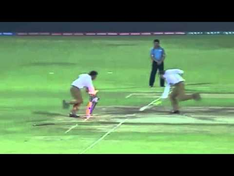 Commentators Pollock, Daren,Russel, re create the Dhoni moment vs BAN WT20 Last Ball Run OUT 1