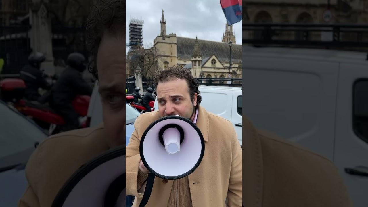 Live Demonstration to #FreeAlbert from Dubai jail. TV star Alfie Best calls for Albert's release - YouTube