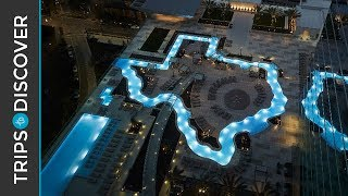 Texas-shaped Lazy River at Marriott Marquis Houston