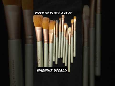Recent Favourite Brush Set Naked 3