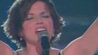 Скачать Martina McBride Concrete Angel Grammy S