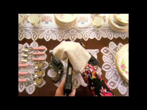 Elli Ingram - Mad Love (Official Video)