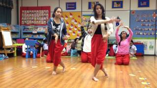 Thai dance practice