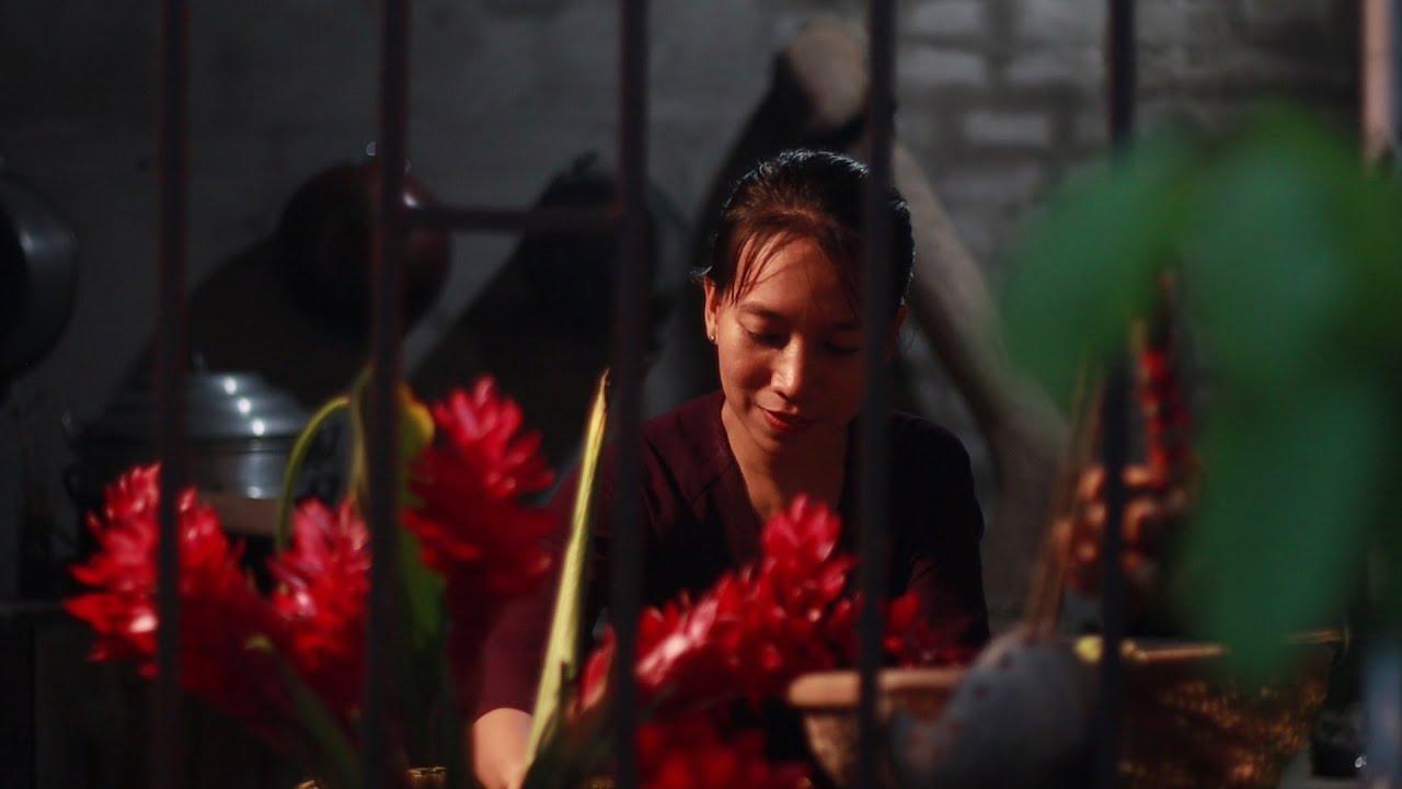 Mùa dâu chín và một bữa cơm từ thịt vịt | Cook a feast of burmese grape and duck meat