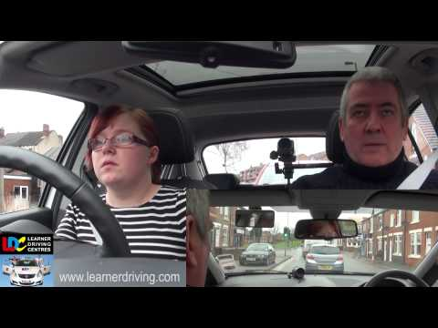 Nikki's 18th driving lesson - Building experience