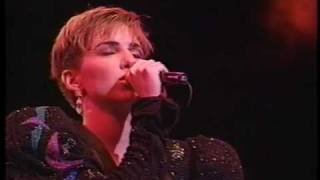 PLAYLIST (Debbie Gibson - Live in Japan 1991) http://www.youtube.co...
