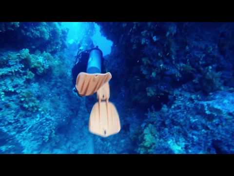 Golden Dream, Nananu-I-Ra, Fiji