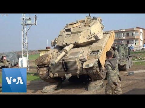 Turkey Dispatches Tanks to Border with Syria