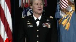 Dunwoody Becomes First Female Four-Star General