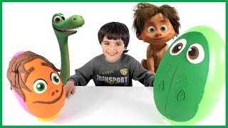 the good dinosaur movie giant surprise egg easter spot and arlo play doh disney movie toys