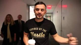 Gary Vaynerchuk Time Sensitive Message to the Baby Boomers Age