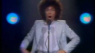 Leo Sayer - Moonlighting [Official Video]