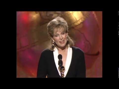 Jill Eikenberry Wins Best Actress In A TV Series Drama - Golden Globes 1989