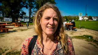 Homeless Woman Has a Masтers in Mathematics and Engineering