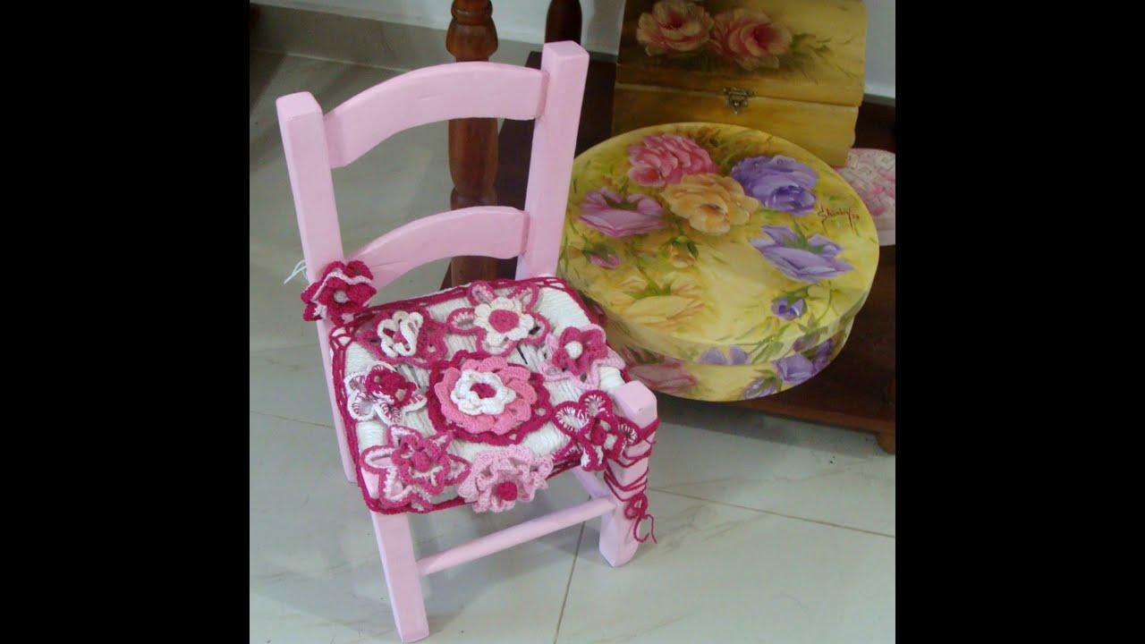 Customização de cadeira com detalhes em crochê.   #857133 2048x2039