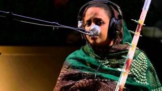 Noura Mint Seymali - Mohammedoun (Live on KEXP)