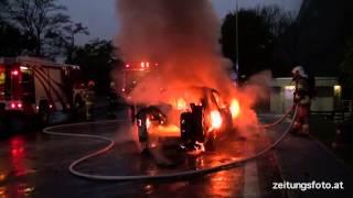 Fahrzeugbrand A12 Parkplatz Kematen richtung Oberland