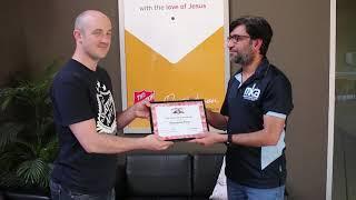 Australian Ahmadi Muslims make Food donations
