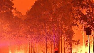 شاهد: عواصف رعدية وأمطار غزيرة تُحيي الآمال في إطفاء حرائق أستراليا …