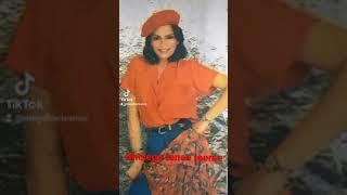 Ladki haseen ho/ Zeenat Aman süper status video