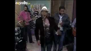 Wazimbo feat. Moreira Chinguica live on Expersso.flv
