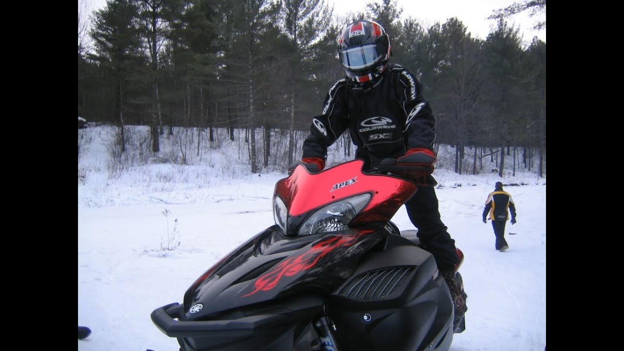 Fast Yamaha Apex Vs New Ski Doo 800 E Tec Youtube