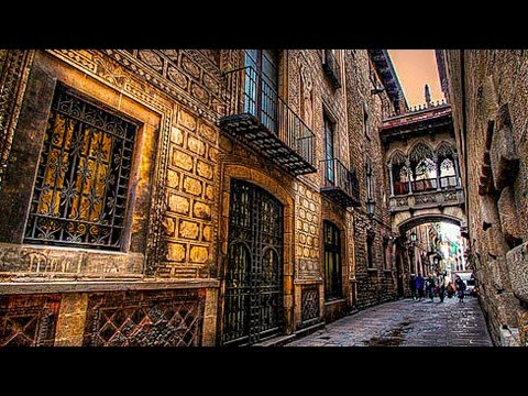 A Walk Around The Gothic Quarter of Barcelona