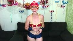 Juju de Mulher Maravilha no Carnaval do Cam4