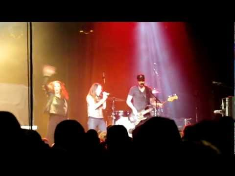 "Britt Nicole ""Gold"" Live @ Xtreme Winter 2012 (Pigeon Forge, TN)"
