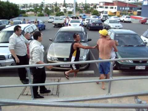Thumbnail: Drunk Idiot fighting a Bouncer - Australia Day 2009