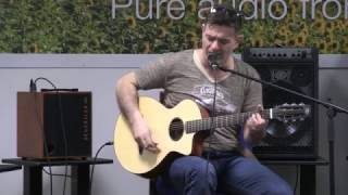 Muzz Murray - David and Schertler Guitar ENGLISH