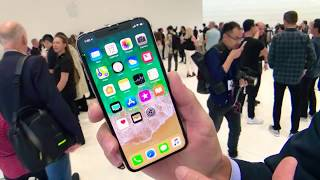 iPhone X On hands Preview