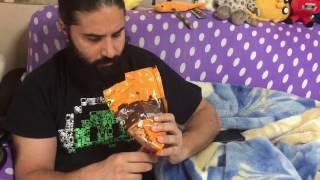 מראה לכם את דייסו ורון מנסה חטיף ישראלי
