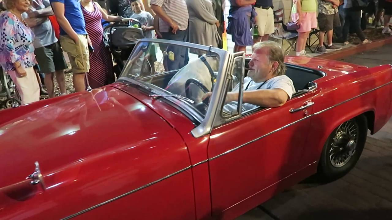 Retro rides & Muscle cars | Old Town Kissimmee - YouTube
