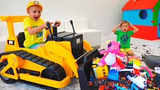 Download Vlad and Nikita play with toys ride on excavator Mp3 and Videos
