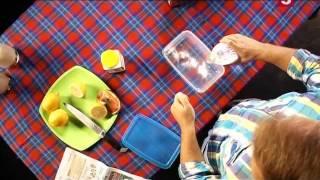 Как избавиться от запаха в пластиковом контейнере: 'Проще простого!'