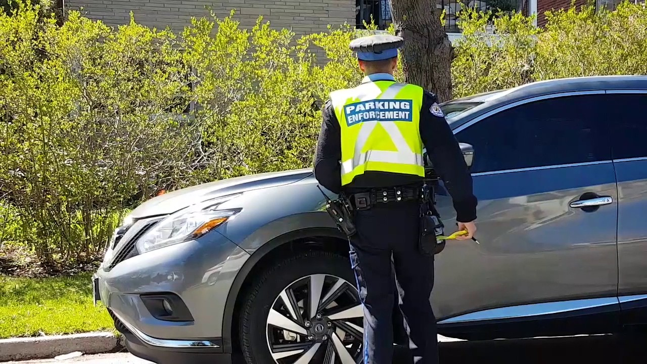 how to become a parking enforcement officer toronto