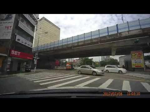 台北市八德路金山北路口計程車違規逆向行駛