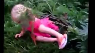 Маленькая девочка матерится видео приколы с детьми онлайн Смешные приколы с детьми1