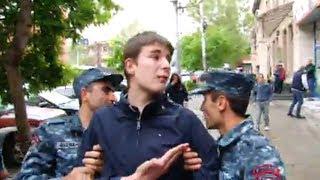 Լարված իրավիճակ Կորյունի փողոցում․ ուսանողներին բերման են ենթարկում բռնի ուժով