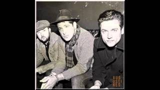 Watch Augustines Dont You Look Back video
