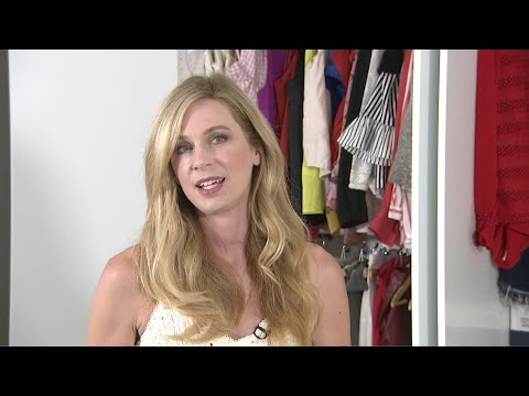AP Closet Confessionals: Anne Dudek's style is anything but 'Corporate'
