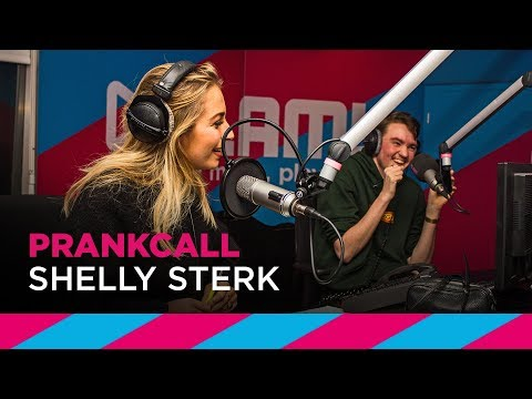 Shelly Sterk prankt Carlos van Expeditie Robinson | SLAM!