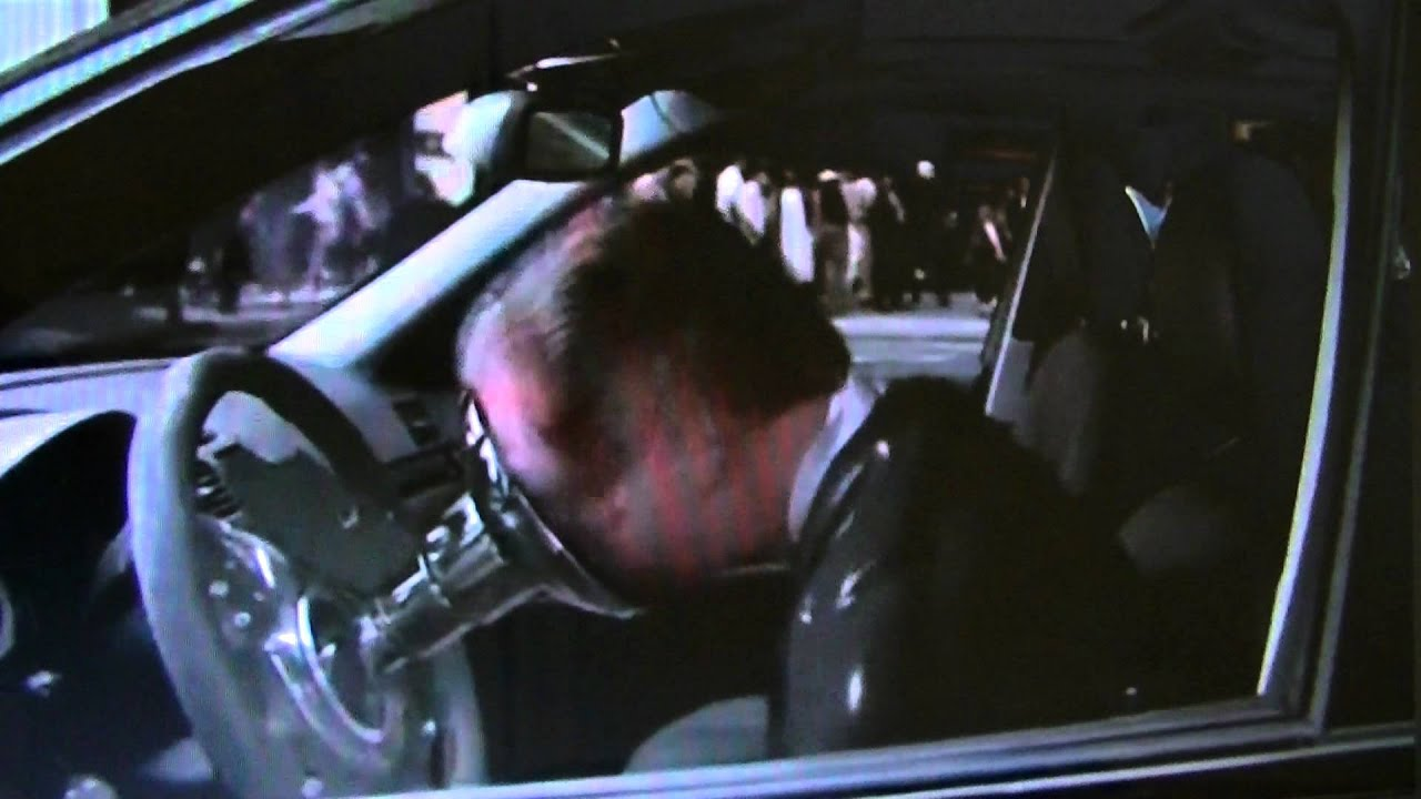 movie-driverless-black-car