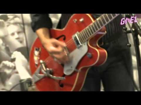 Triggerfinger - Only Girl In The World (Rihanna cover)(Live bij GIEL)