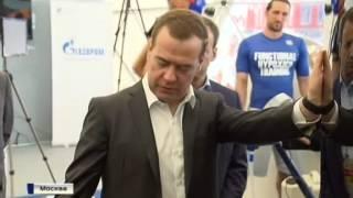 Д.А. Медведев посетил первые таунхаусы в ИЦ ''Сколково''