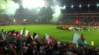 Feyenoord Legioen in topvorm: Hand in Hand Kameraden