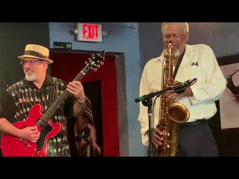 """Groove Busters + Hanah Jon Taylor (sax) Playing """"Cissy Strut"""" at Cafe CODA on 07/05/2019"""