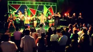 Video Alberto Barros - Colegiala download MP3, 3GP, MP4, WEBM, AVI, FLV Juni 2018