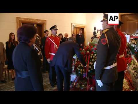 Albania holds ceremony for exiled king's remains